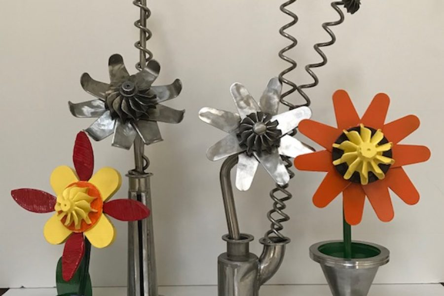 Sustainable Flowers Sculptures